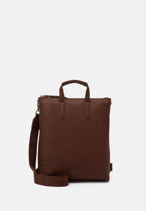 X CHANGE BAG - Tote bag - brown