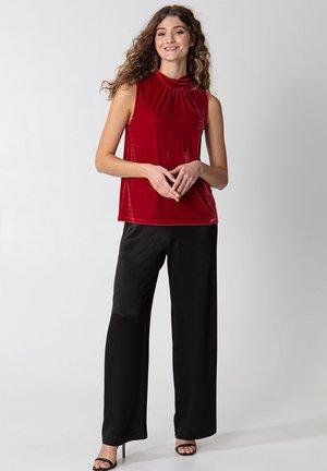 SARA - Top - red