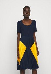 Steffen Schraut - PARIS PLEATED DRESS - Day dress - navy sun - 0