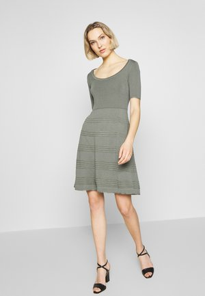 DRESS - Jumper dress - green