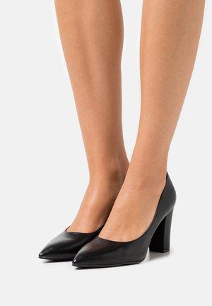 ANAIYA - Klassiske pumps - black