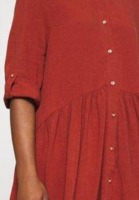 ONLY Petite - ONLCHICAGO LIFE DNMDRESS - Shirt dress - burnt henna - 5
