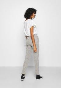 ONLY - ONLALBA AMY PANT - Trousers - light grey melange - 2