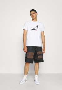 STAPLE PIGEON - TEE UNISEX - Print T-shirt - white - 1