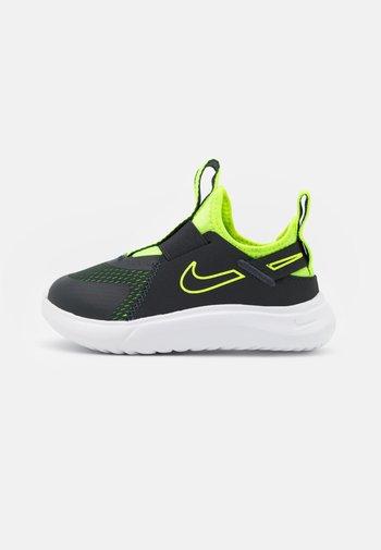 FLEX PLUS UNISEX - Neutral running shoes - dark smoke grey/volt/white