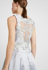 Luxuar Fashion - Společenské šaty - silber/grau - 6