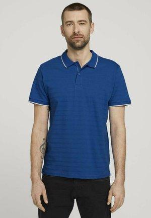 MIT STREIFENSTRUKTUR - Polo shirt - victory blue