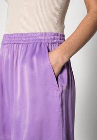 ARKET - Shorts - lilac - 4