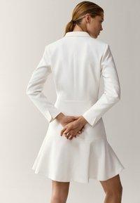 Massimo Dutti - MIT VOLANT - Day dress - white - 1