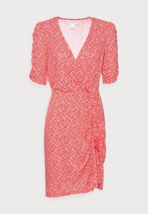 DRESS HEATHER - Jerseykleid - red