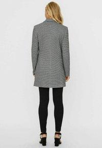 Vero Moda - Manteau court - grey - 1