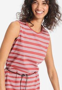 Forvert - KALIDA - Day dress - red/white - 3