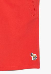 Paul Smith Junior - ANDREAS - Swimming shorts - red - 3