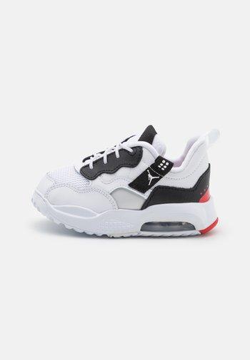 MA2 UNISEX - Basketball shoes - white/black/university red/light smoke grey/praline