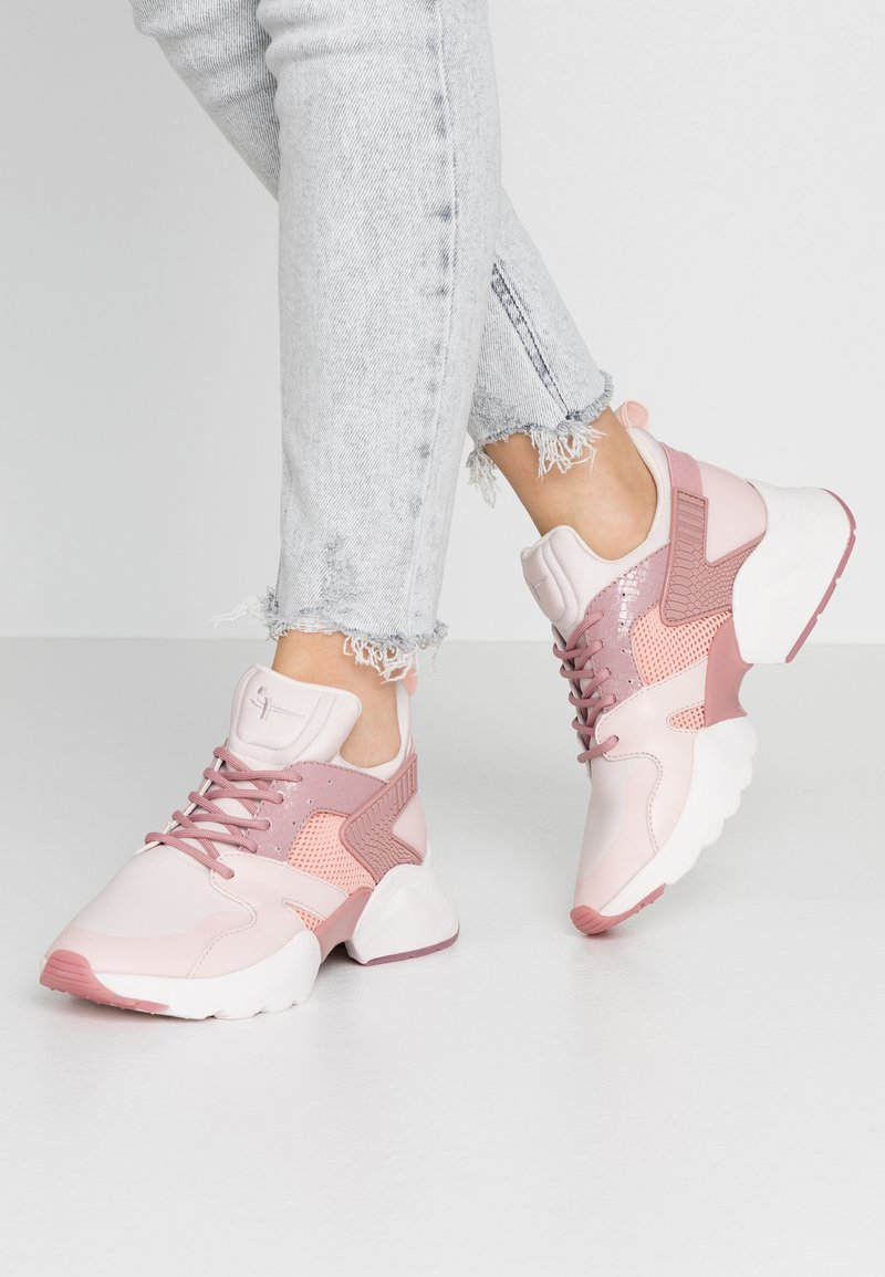 Tamaris Fashletics - Sneakers - rose