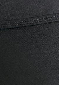 Cotton On Body - WINTER CROSS FRONT VESTLETTE - Débardeur - black - 4