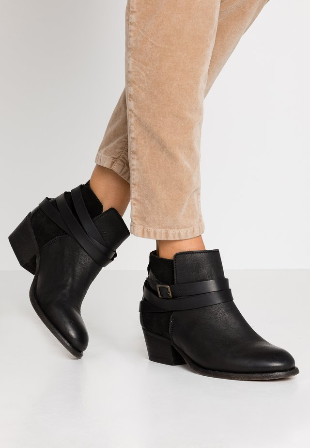 HORRIGAN - Ankle boots - black