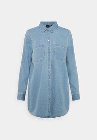Vero Moda - VMMILA LONG MIX COLOR - Skjorta - light blue denim - 0