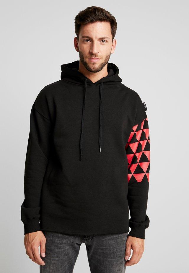 BEADRIAN - Bluza z kapturem - black triangle