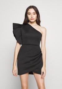 Missguided Petite - ONE SHOULDER RUFFLE WRAP MINI DRESS - Jerseykjole - black - 2