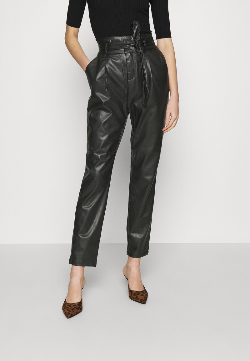 Vero Moda - VMEVA PAPERBAG ANKLE PANTS - Trousers - black