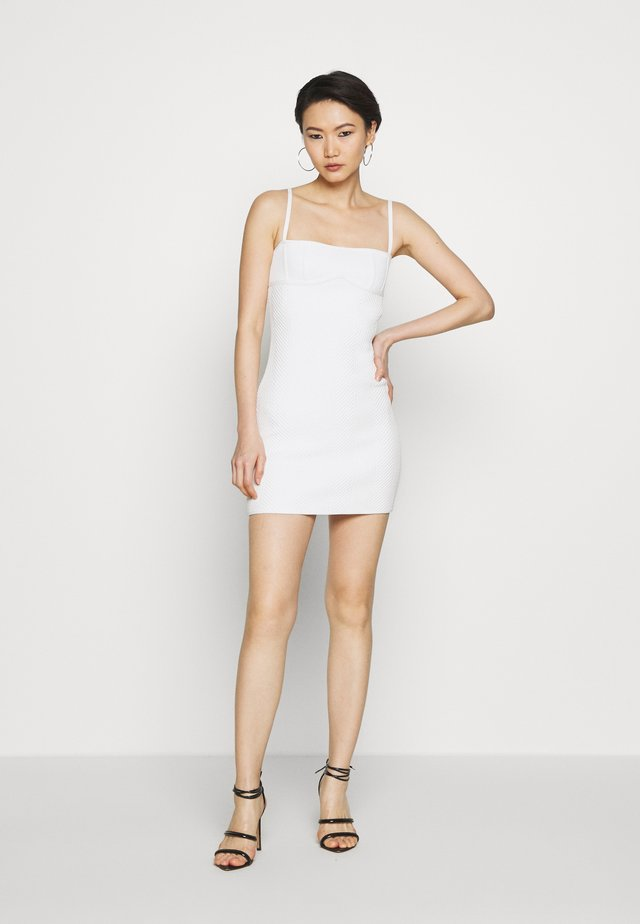 FITTED DRESS - Shift dress - alabaster