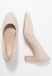 Tamaris - COURT SHOE - Klassiske pumps - ivory - 3