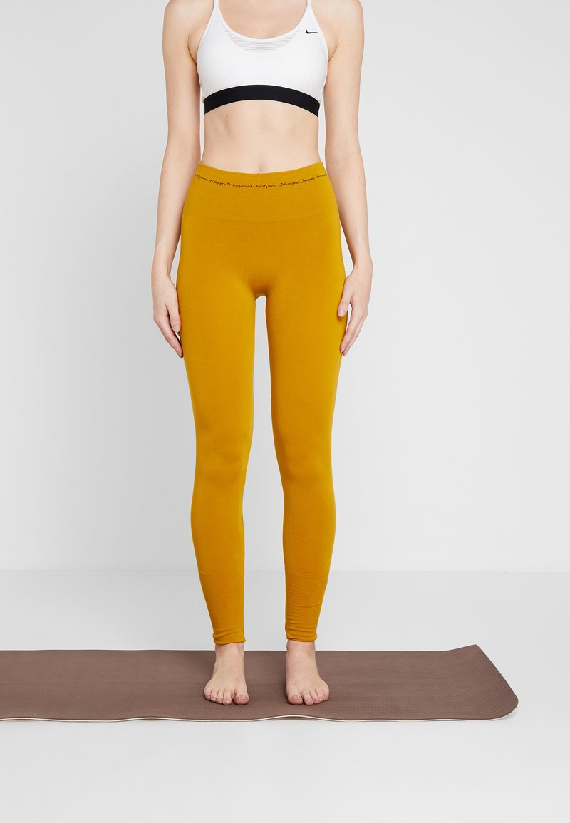 Yogasearcher - ASANA - Legging - curry