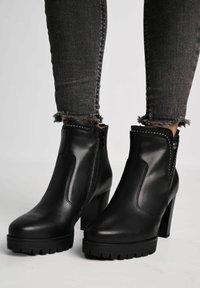 NeroGiardini - Ankle boots - nero - 0