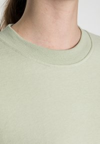 EDITED - RENATA SWEATER - Sweatshirt - desert sage green - 4