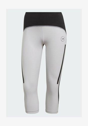 Pantalón 3/4 de deporte - white