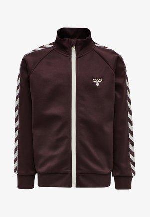 HMLKICK - Training jacket - fudge