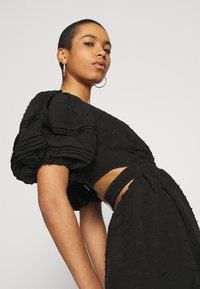 CMEO COLLECTIVE - DISPERSE DRESS - Denní šaty - black - 4