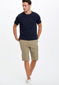 DeFacto - Shorts - grey - 0