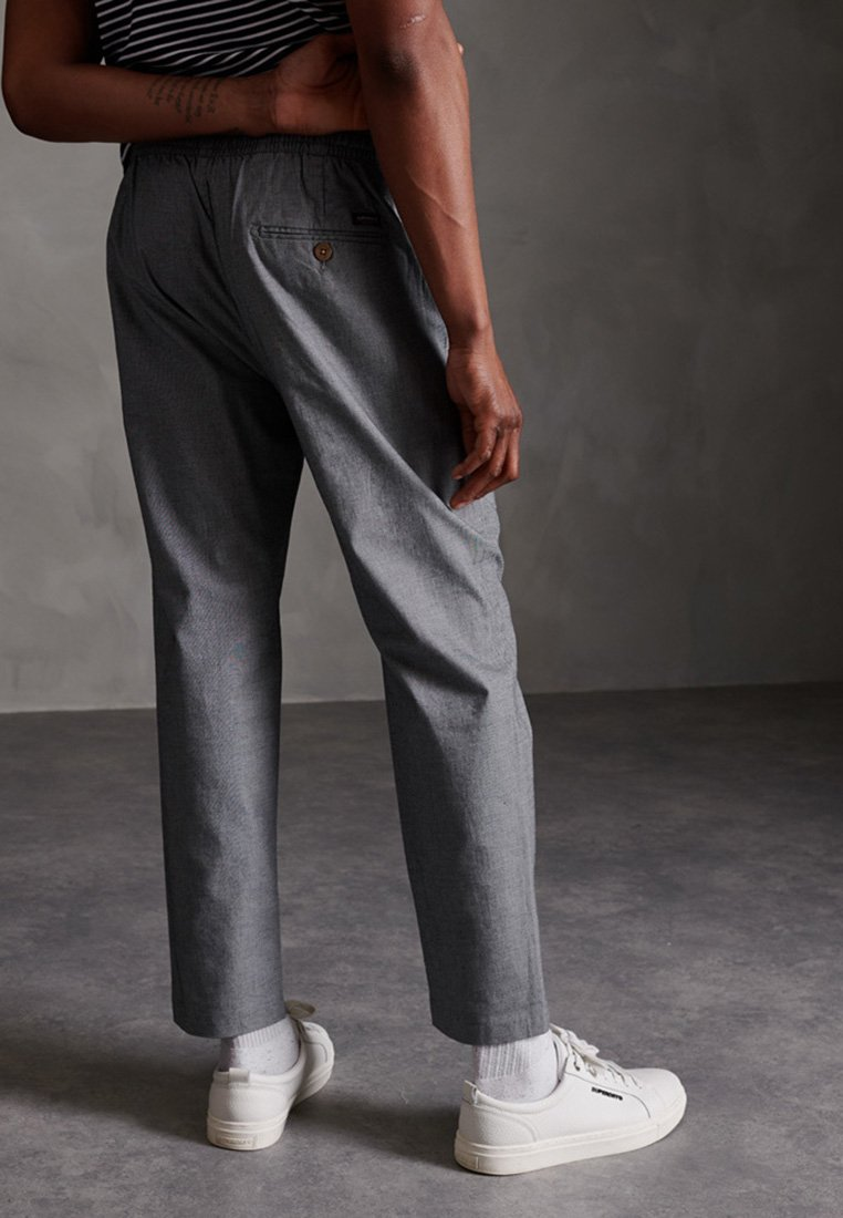 Superdry - EDIT TAPER - Tracksuit bottoms - grey texture