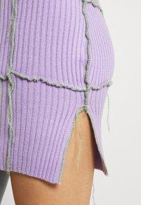 The Ragged Priest - BASKER HALTER DRESS - Abito in maglia - purple - 5