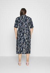 Kaffe Curve - VALENTIN DRESS - Shirt dress - blue - 2