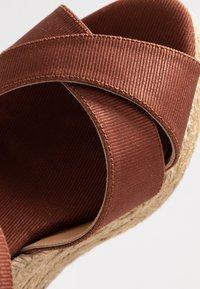 Castañer - BLAUDELL - Sandály na vysokém podpatku - marron - 2