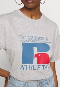 Russell Athletic Eagle R - VIRGINIA - T-shirt con stampa - new grey marl - 5