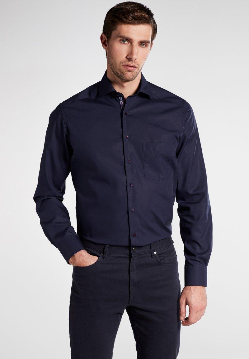 Eterna - MODERN FIT - Shirt - marine