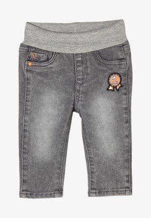 MIT UMSCHLAGBUND - Straight leg jeans - grey