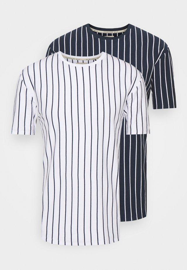 2 PACK - T-shirt print - white/navy