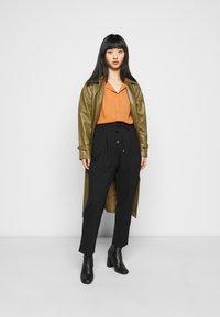 VILA PETITE - VILUCY SHIRT - Button-down blouse - adobe - 1