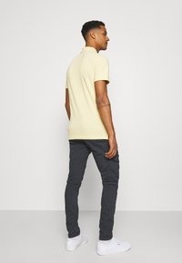 Pepe Jeans - JARED - Cargo trousers - admiral - 2