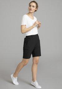 Kaffe - JILLIAN SOFIE  - Shorts - black deep - 1