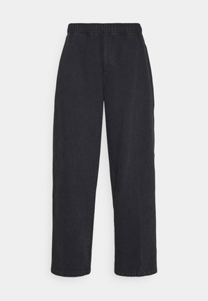 EASY BIG BOY PANT - Relaxed fit -farkut - faded black