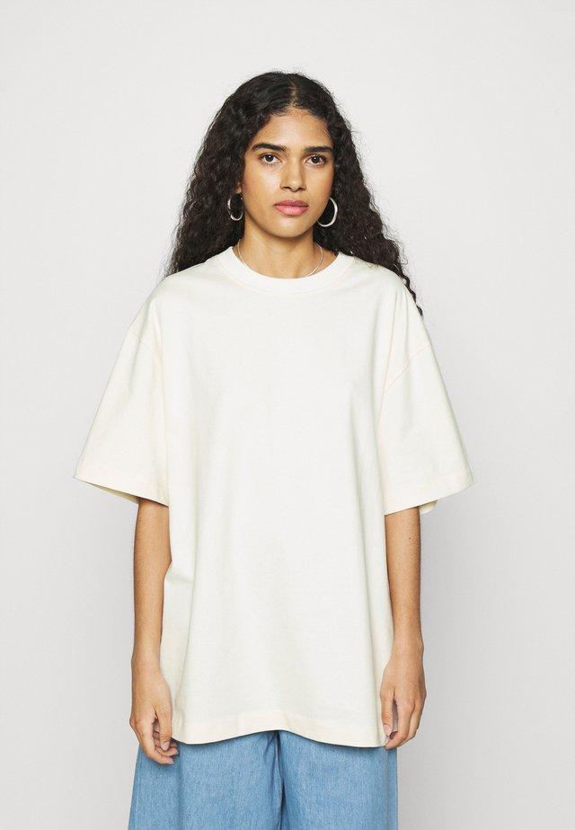Basic T-shirt - undyed