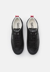Guess - MIMA SMART - Trainers - black - 3