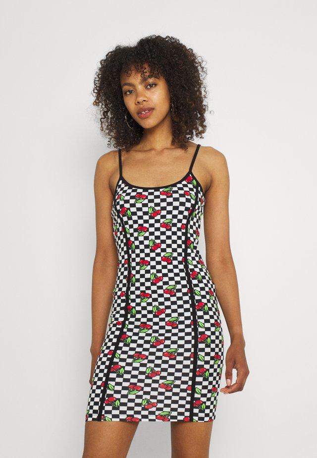 CHERRY CHECKERBOARD DRESS - Korte jurk - multi