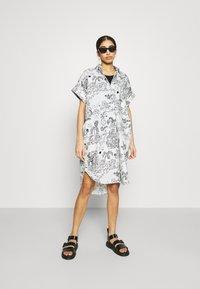 Monki - Shirt dress - white light - 1